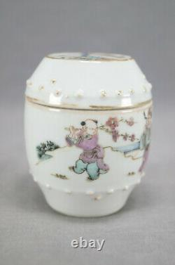 19th Century Chinese Export Hand Painted Famille Rose Lidded Box / Lidded Jar