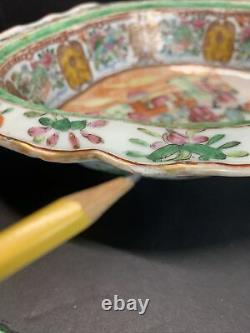 Antique 18th C. Chinese Hand Painted Famille Rose Porcelain Open Dish Bowl