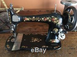 Antique Singer Sewing Machine Fiddle base VS2 Painted Roses Daisies, 1889
