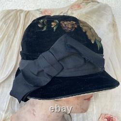 Antique Teens 1920s Hand Painted Rose Hat Yellow & Pink Flowers Velvet Ribbon