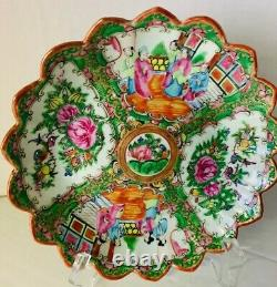 CHINESE ROSE MEDALLION 8 inch SCALLOPED EDGE BOWL Hand Painted Excellent Antique