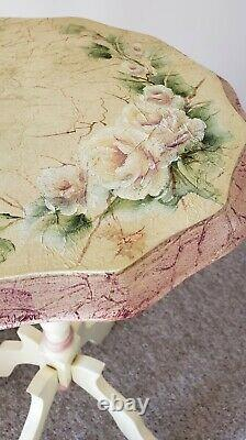 Hand painted Rose flowers design/Floral End table/Round side table/ Accent table
