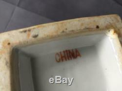 Old Antique Chinese Famille Rose Hand Painted Pottery Porcelain Vase Urn Flowers